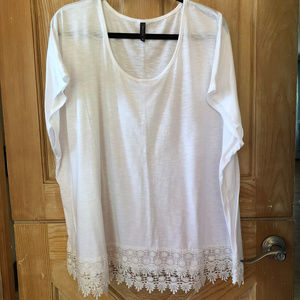 Pretty White Lace Trimmed Tee size 3X